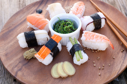 sushi selber machen rezepte und die besten zutaten auf. Black Bedroom Furniture Sets. Home Design Ideas
